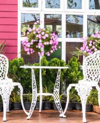 metalowe krzesła do ogrodu